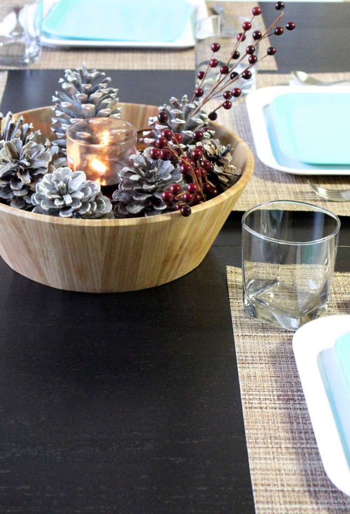 center-piece-for-table-with-pinecones-and-candle-cozy-christmas-decoration-christmas-diy-christmas-home-décor-christmas-decoration-ideas-christmas-mantel-decorations