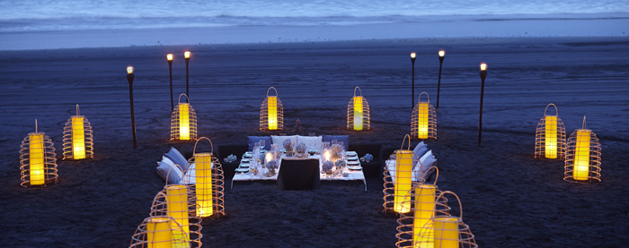 Bali-Romantic-Diner-on-the-Beach-Romantic-Places-romantic-weekend-getaways-romantic-vacations-romantic-trips-best-vacation-spots-for-couples-best-holiday-destinations-for-couples