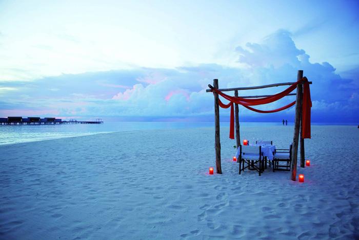 Maldives Romantic Diner On Beach