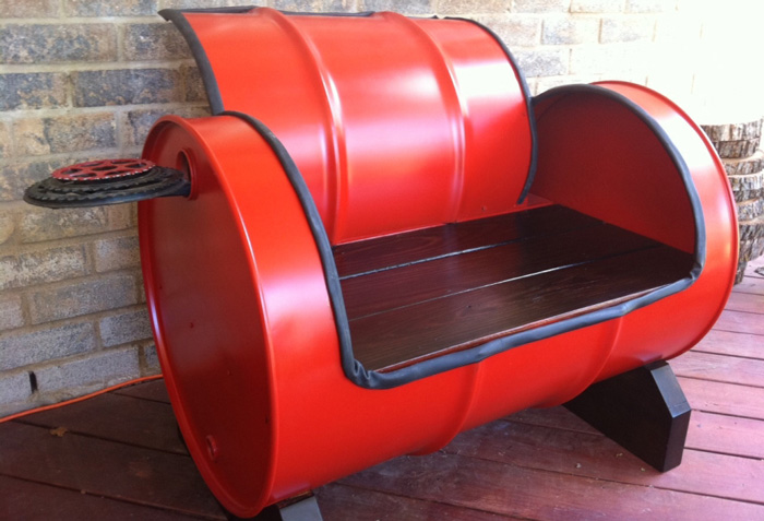 Recycled-Furniture-Ideas-Recycled-Sofa-Red-Sofa-interior-design-trends-latest-interior-design-interior-design-trends-2018-hometrends-home-decor-trends