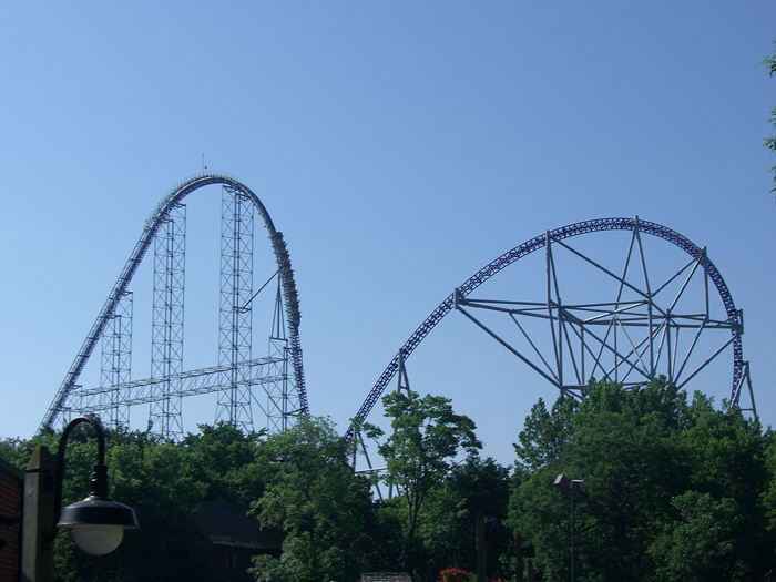 Millennium-Force-Cedar-Point-adventure-park