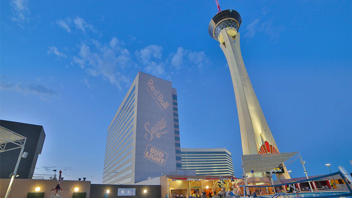Stratosphere-Las-Vegasа-Thrill-Ride-theme-parks-amusement-park-discount-theme-park-tickets-best-amusement-parks-adventure-park