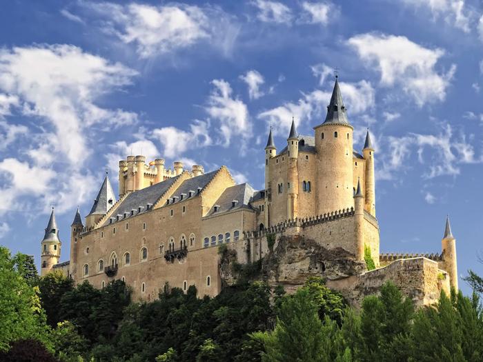 medieval-times-castles-alcazar-castle