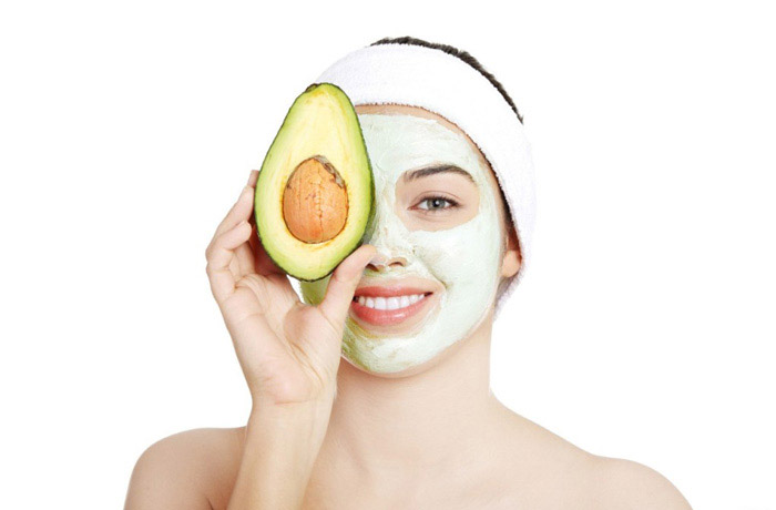 natural-cosmetics--with-avocado-face-mask-natural-beauty-products