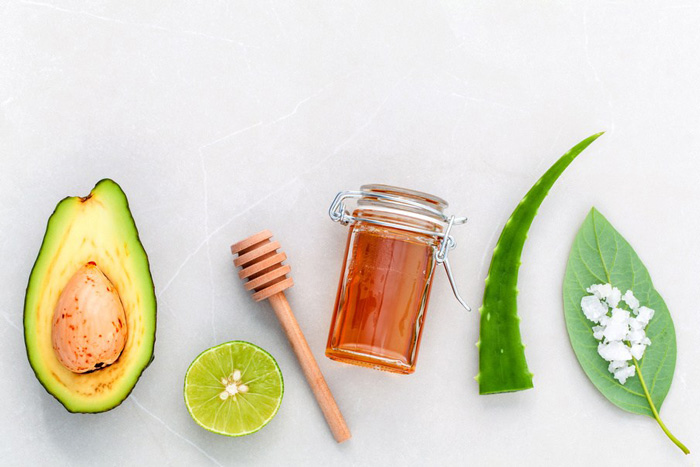 natural-skin-care-products-avocado-lime-honey-aloe-vera