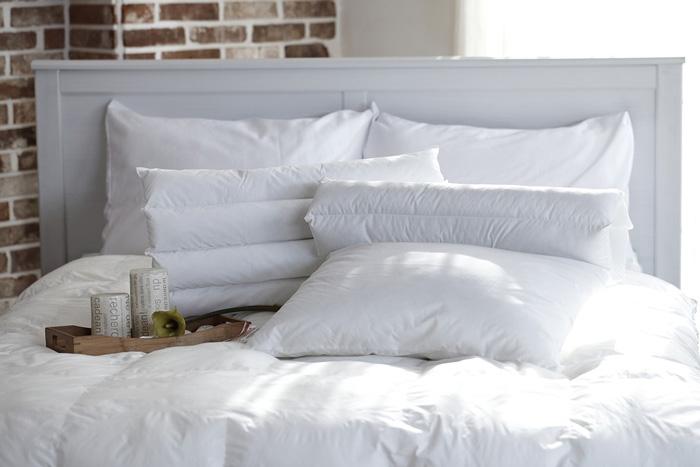 romantic-bedroom-ideas---silk-bedding romantic bedroom ideas shabby chic furniture romantic room decoration