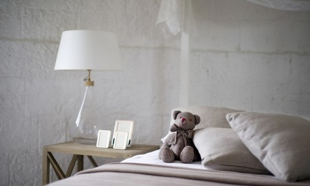 romantic-bedrooms---bed-with-a-teddy-bear romantic bedroom ideas shabby chic furniture romantic room decoration