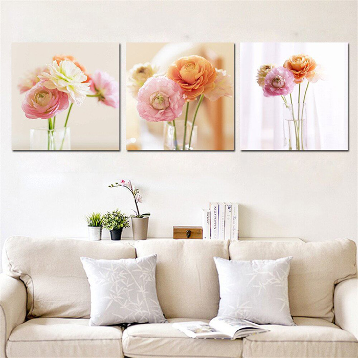 spring-wall-decoration-art-decor-in-living-room-bright-living-room-cosy-living-room-flower-paintings