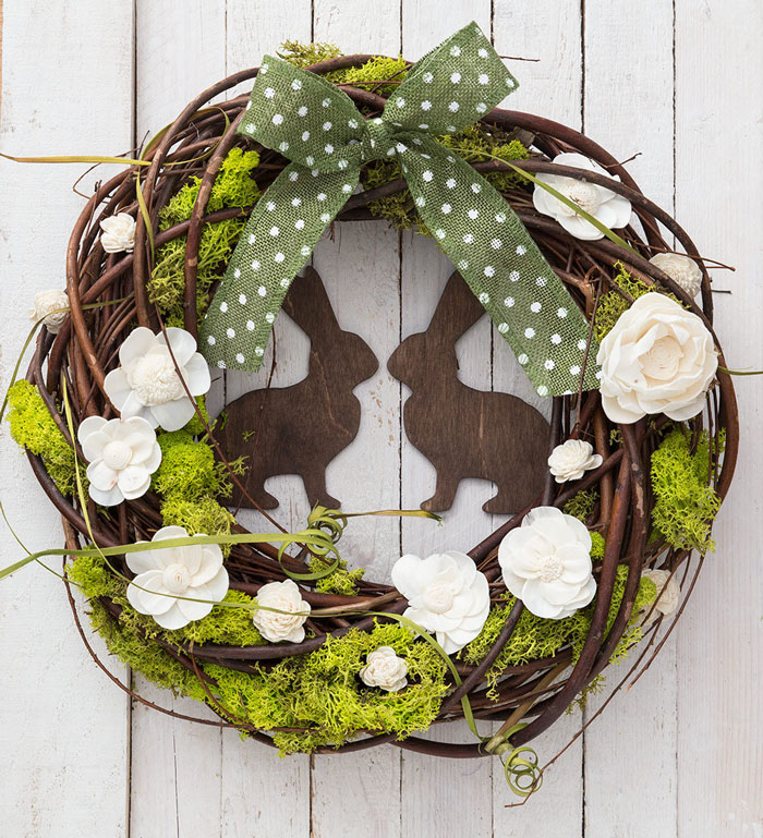Amazing-Easter-DIY-Wreath-Door-Decoration
