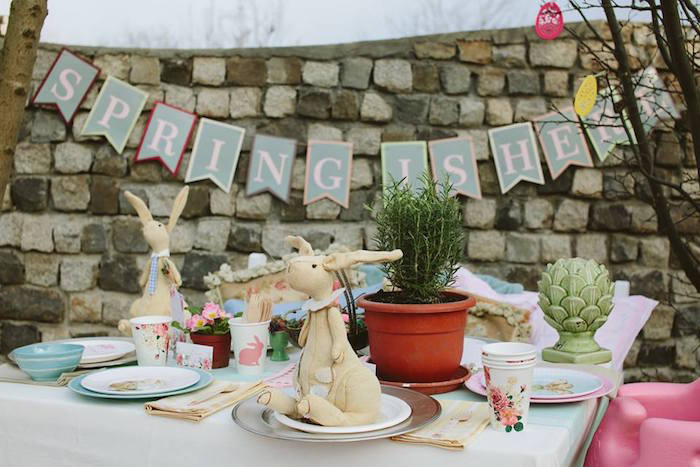 Easter-Outdoor-Decoration-Ideas-Brunch-Party-Outood