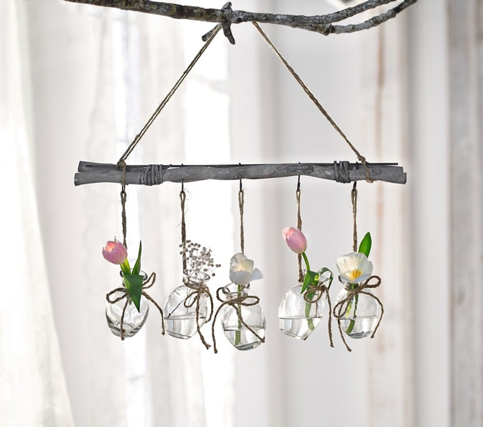 Easter-Outdoor-Decor-Ideas-Hanging-Plant-Pots