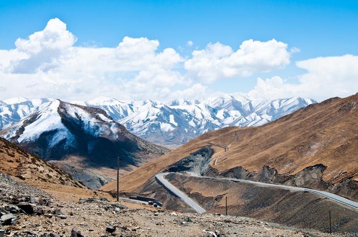 Himalayan-roads-motorcycle-roads