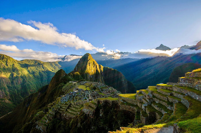 Machu-Picchu-Peru-Mountain-Vacation-Spot