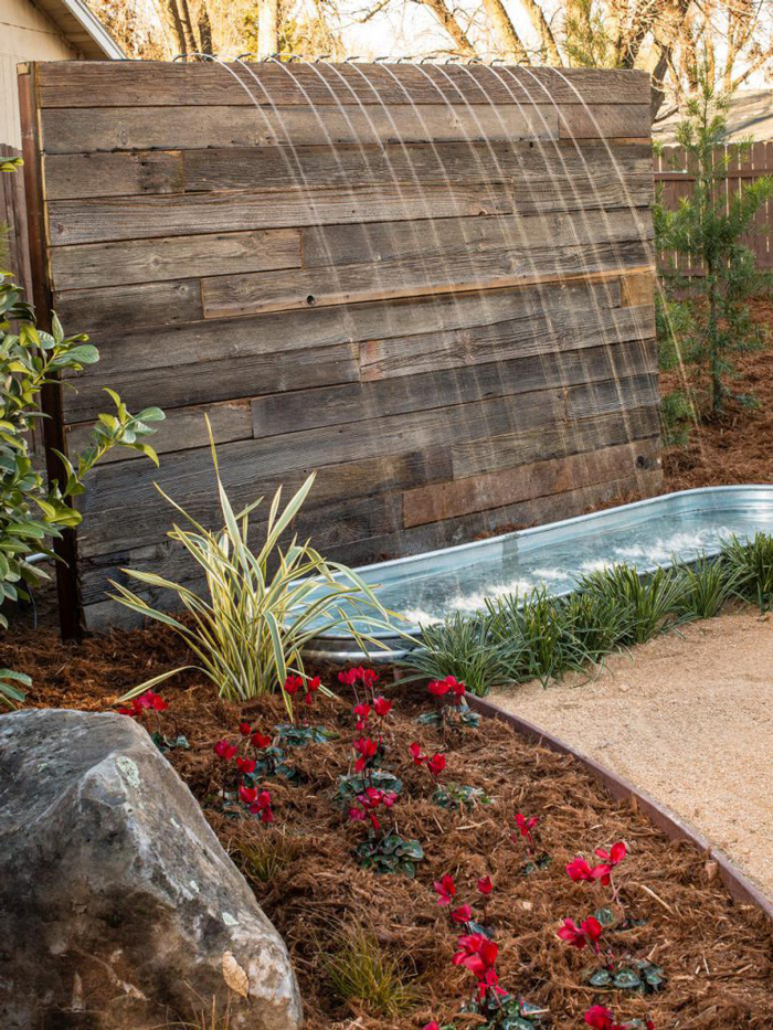 Pallet-Waterfall-Garden-Alternative-Design