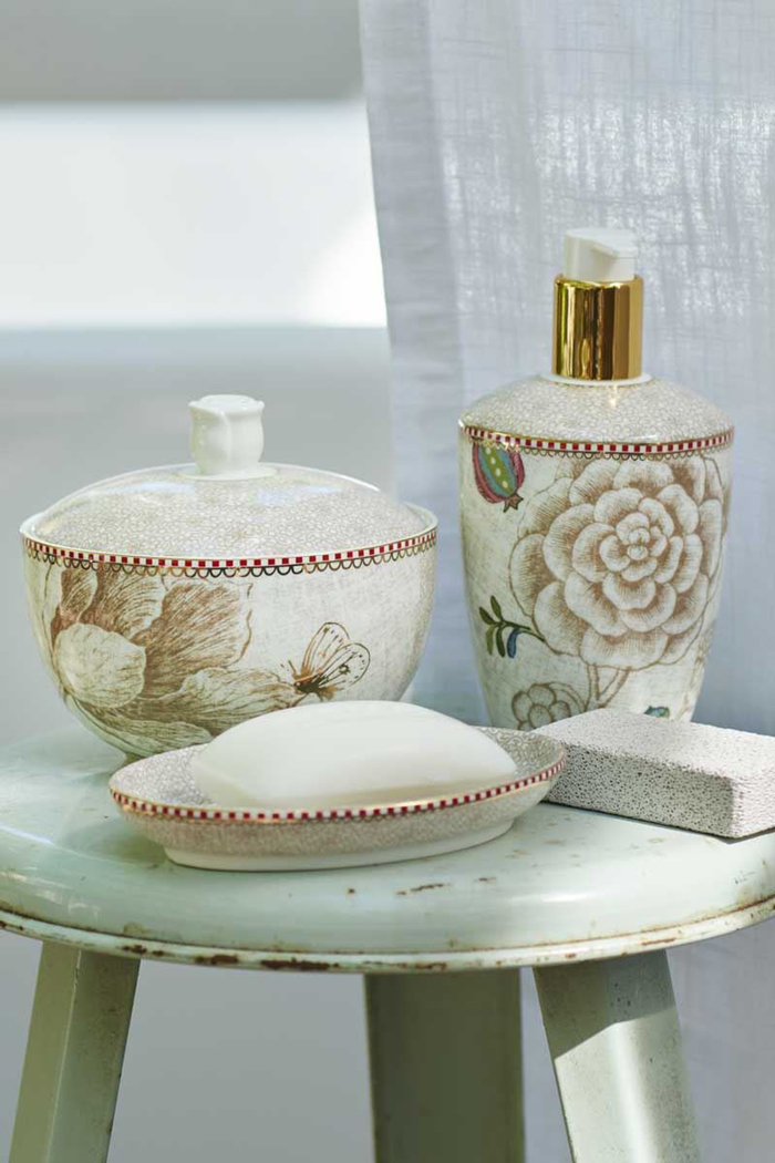 Spring-bathroom-accessories-Bathroom-Design-Ideas