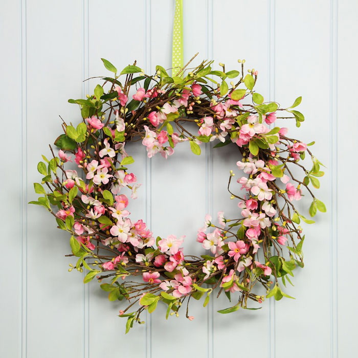 easter-home-décor-flower-wreath