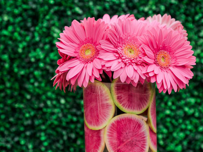flower-decoration-fruits-and-flowers-combination