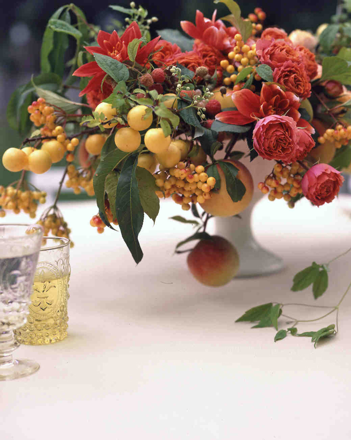 fruit-and-vegetable-centerpiece-floral-decoration