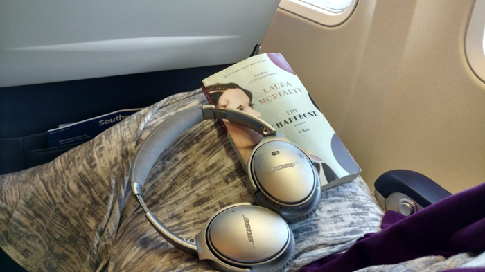 long-flight-essentials-noise-cancelling-headphones