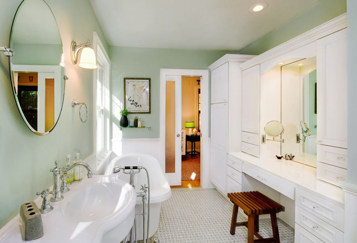 mint-and-white-bathroom-design-bathroom-remodel-ideas