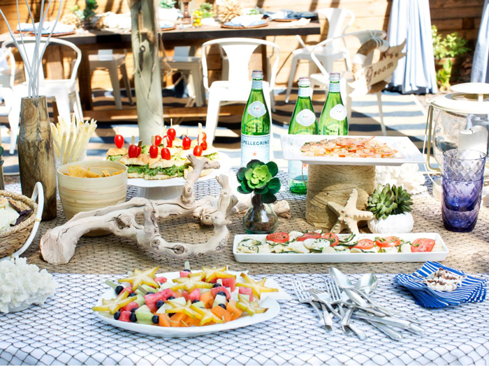 Birthday-party-Outdoor-Table-Decoration