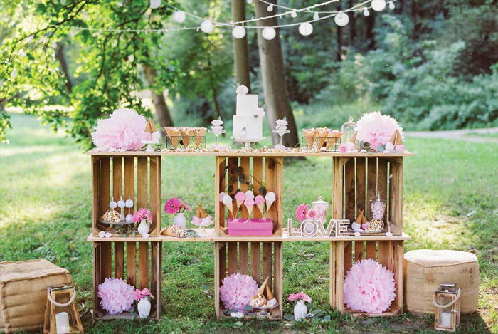 Outdoor-Party-Pink-Decoration-Summer-Party-Ideas