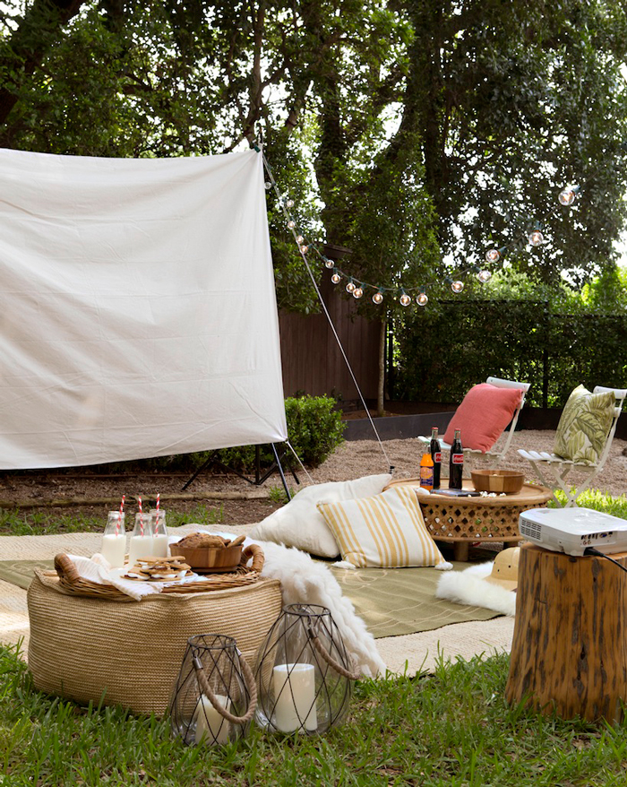 Summer-Cinema-Outdoor-Ideas-Party-Decoration