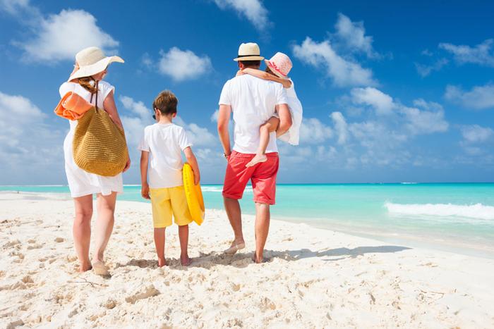 kids-holidays-family-vacation