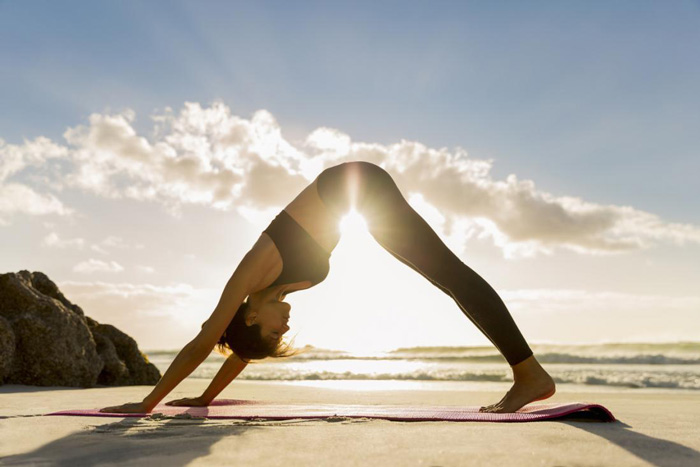 yoga-on-the-beach-spring-detox