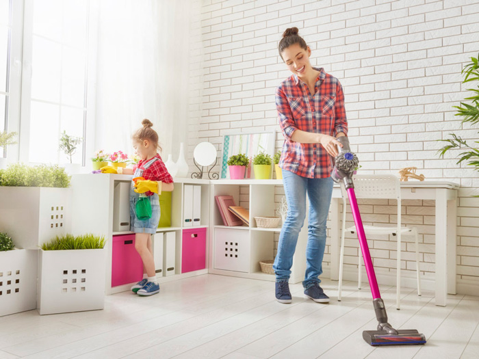 Healthy-Home-Clean-Home-Dust-Clean-Home-Family-Cleaning-Together