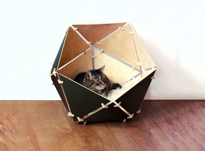 Eco-Friendly-Wooden-Natural-Cat-Bed