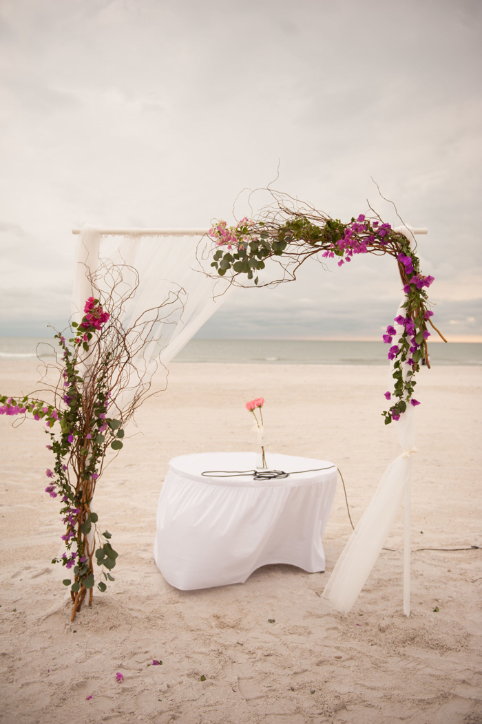 Beach-Altar-Wedding-Decoration-on-the-beach