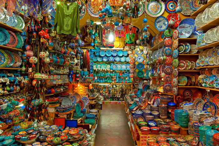 Grand-Bazaar-Istanbul-African-Colors-and-Oriental-Goods