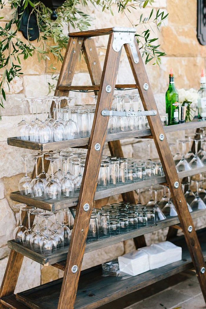 Outdoor-Wedding-Vintage-Bar