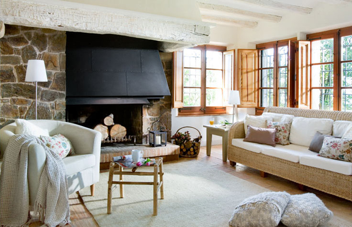 Rustic-Mediterranean-Interior-Design-Living-Room