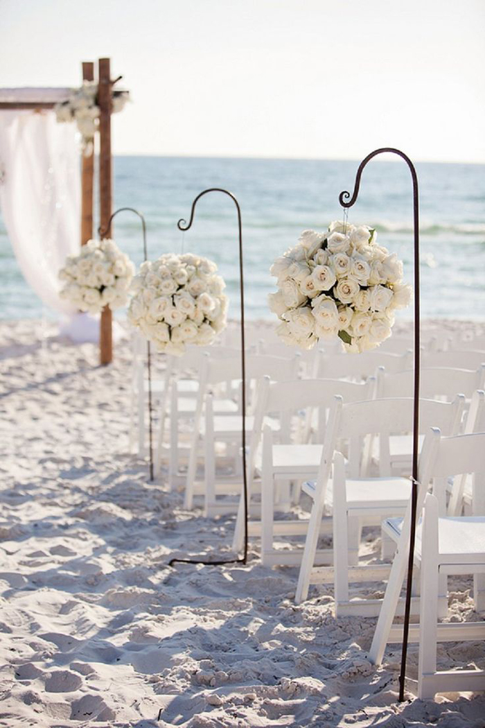 Seaside-Summer-Wedding-Flower-Decor-Ideas