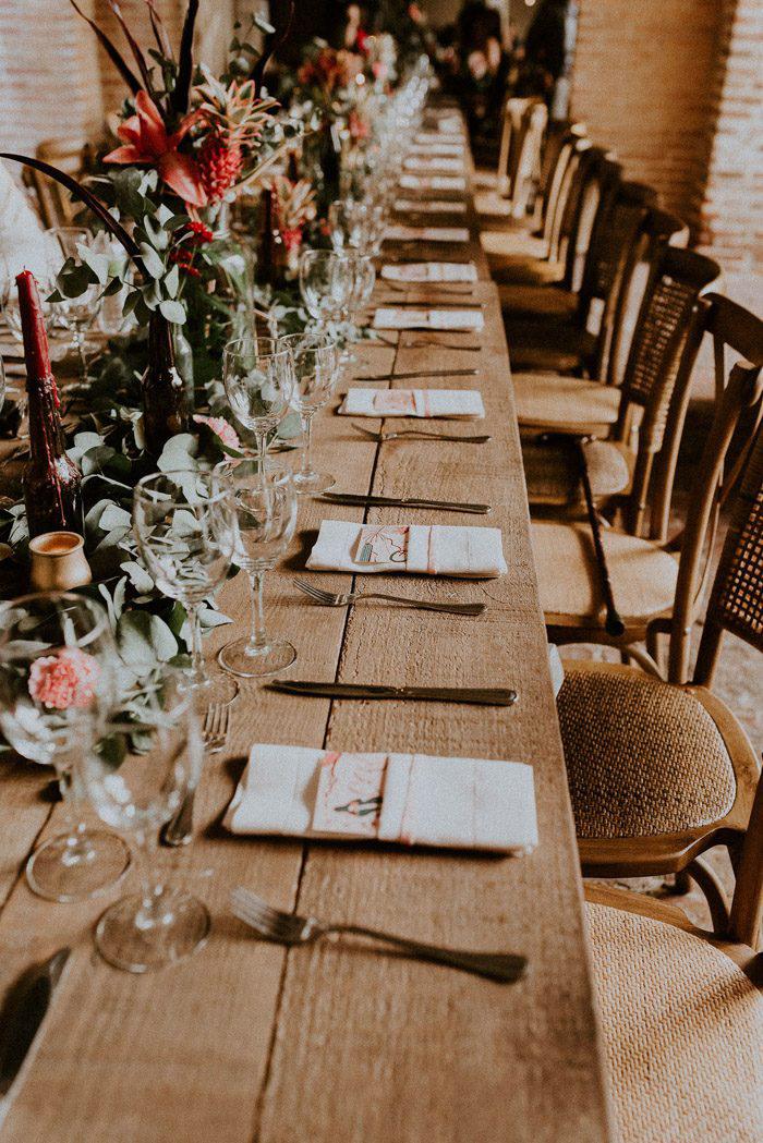 Vintage-Summer-Wedding-Table