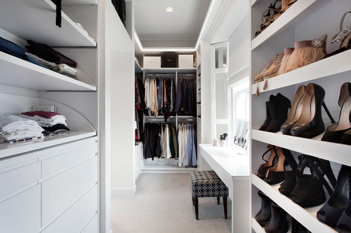 White-Ladies-Dressing-Room-Walk-in-wardrobe
