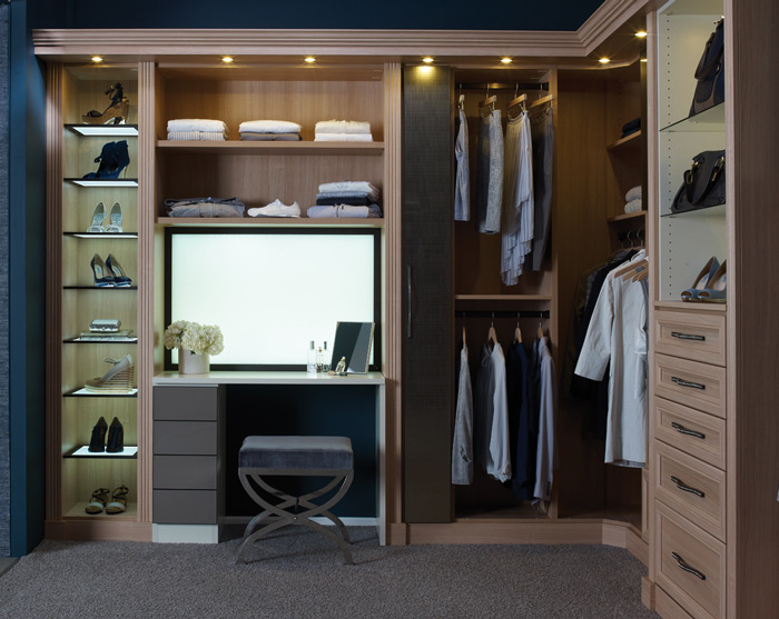 built-in-dressing-table