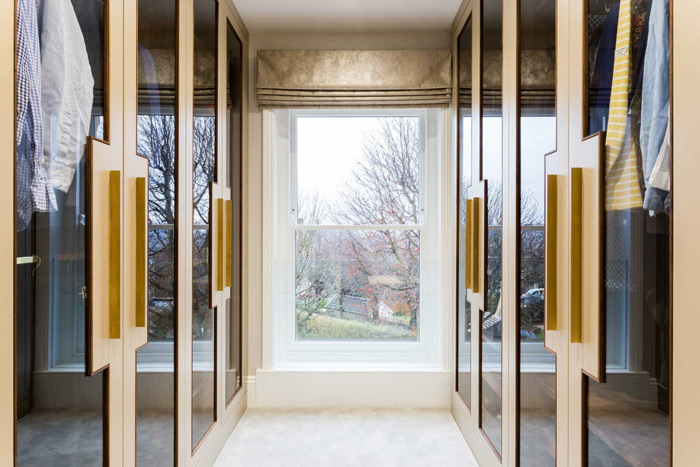 corridor-dressing-room