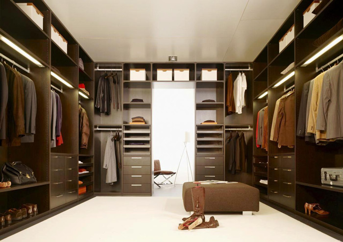 modern-walk-in-dressing-room-wardrobe-design