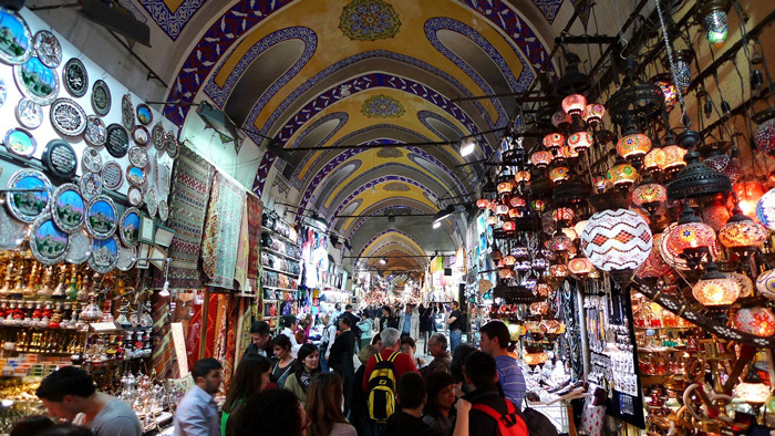 trading-places-Istanbul-grand-bazar