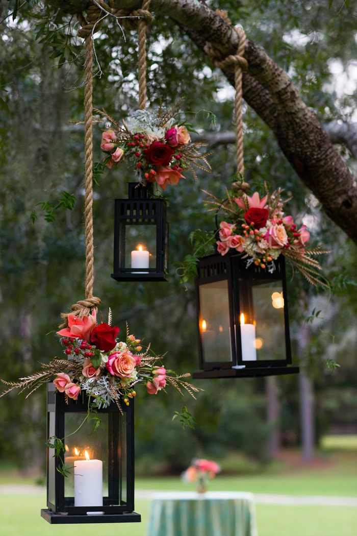 wedding-theme-colors-garden-wedding-with-lantern