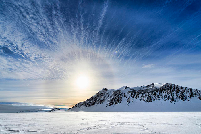 Beautiful-Sun-in-Antarctica