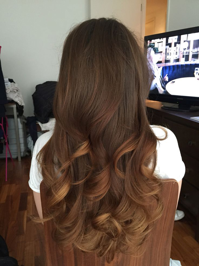 Bouncy-Waves-Haircut-for-Long-Hair-Types-New-year's-Eve-Hair-Ideas
