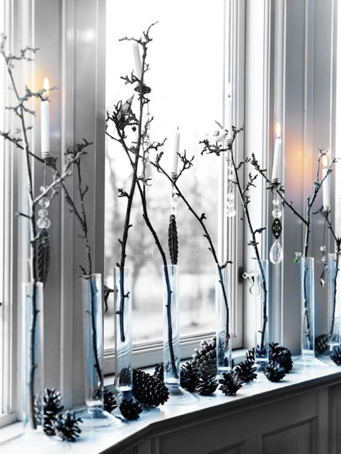 Branches-Christmas-Window-Decoration-Ideas