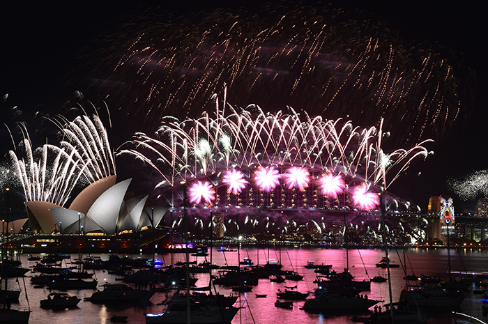 Celebrating-New-Year-First-in-Sydney