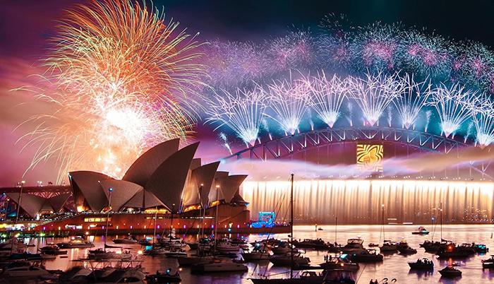 Celebrating-New-Year-in-Sydney-Opera