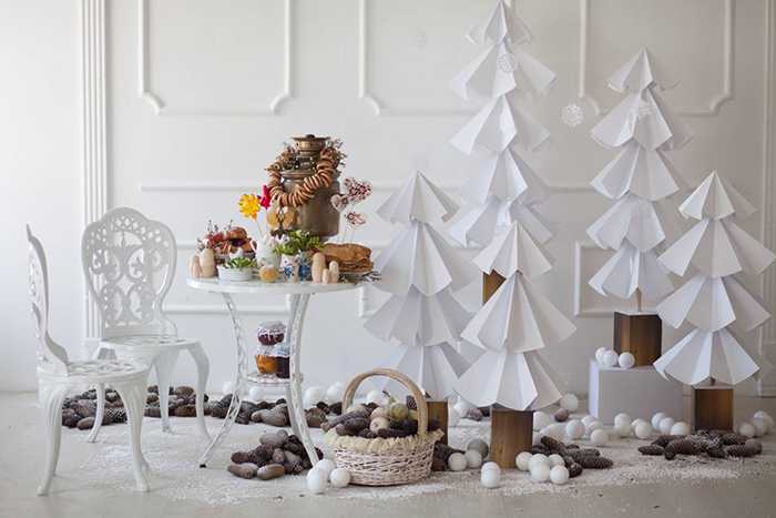 Christmas-Decoration-from-Paper-Tree