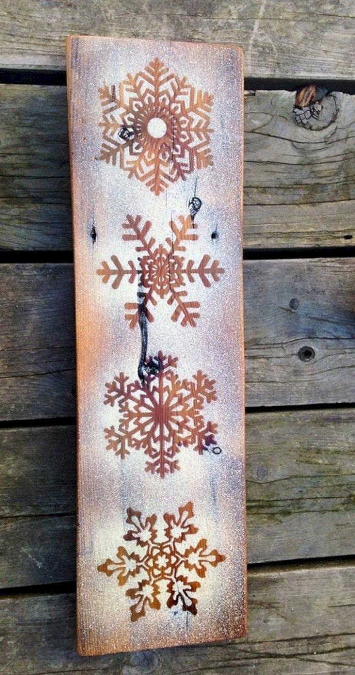Christmas-Rustic-Snowflake-Wall-Decor